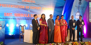 Cholayil wins CHEMEXCIL Award for Exports performance for 2015-16